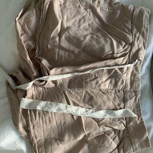 blush/beige aritzia linen shorts
